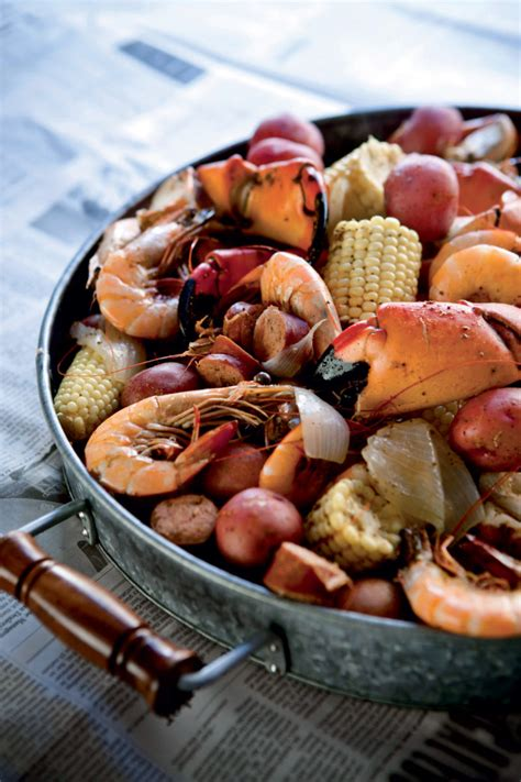 Garden And Gun Low Country Boil Frogmore Stew Recipe The Lowcountry In One Pot