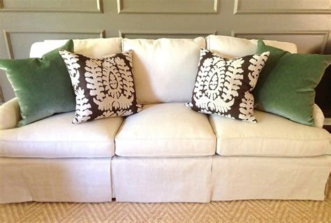 how to choose throw pillows for your sofa remodel 12