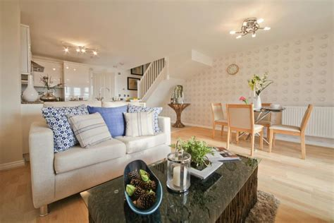 taylor wimpey 2 bedroom homes 2 bedroom end of terrace house for sale in stenson road