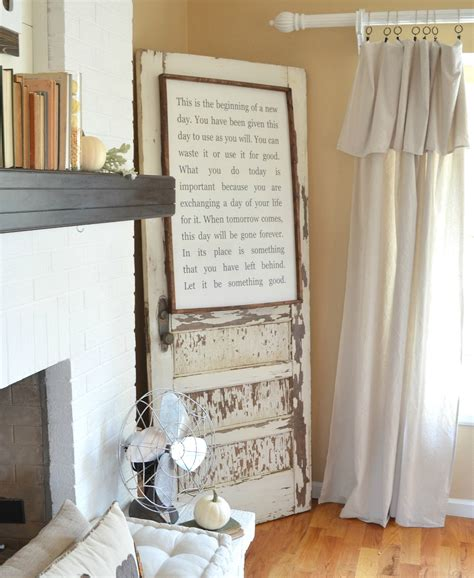 25 crafty old door vintage decorations to boost the charm decorating with old doors use old doors to decorate
