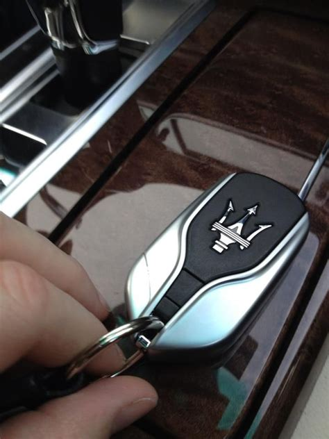 maserati ghibli key 81 best 5 car keys images on pinterest car keys key