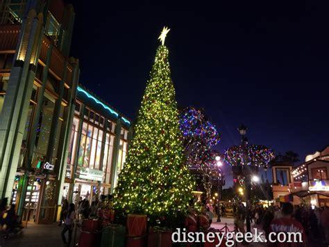 downtown disney christmas lights decoratingspecial com