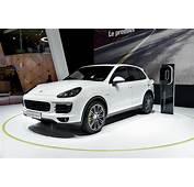 Paris Motor Show 2014 Porsche Cayenne S E Hybrid