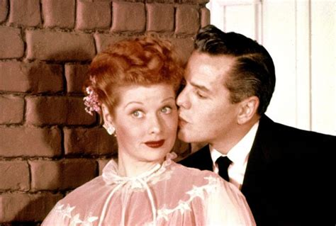 tv criticism 2013 america loves i love lucy dear everything lucy lucille ball i love lucy christmas