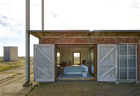 Cottages To Rent Kent Coast by Fog Signal Building Cottage In Dungeness Kent