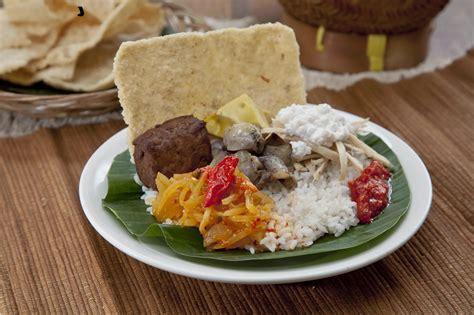 adriantomo  dapur solo oase bagi pencinta kuliner