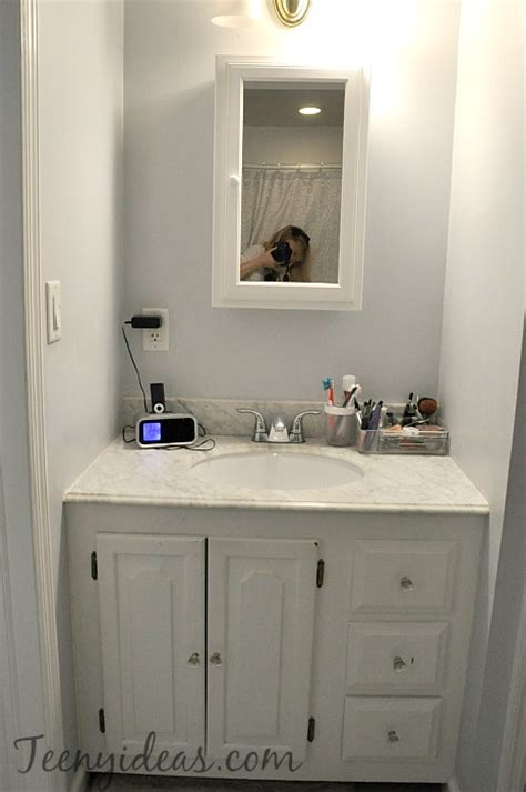 Master Bathroom Vanity Refresh Teeny Ideas Painting Bathroom Vanity Before And After
