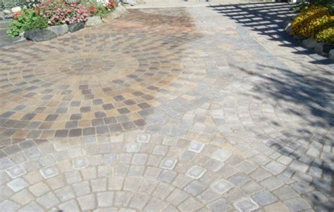 Sealing Patio Pavers Paver Sealing On Driveways And Walkways Cities Mn
