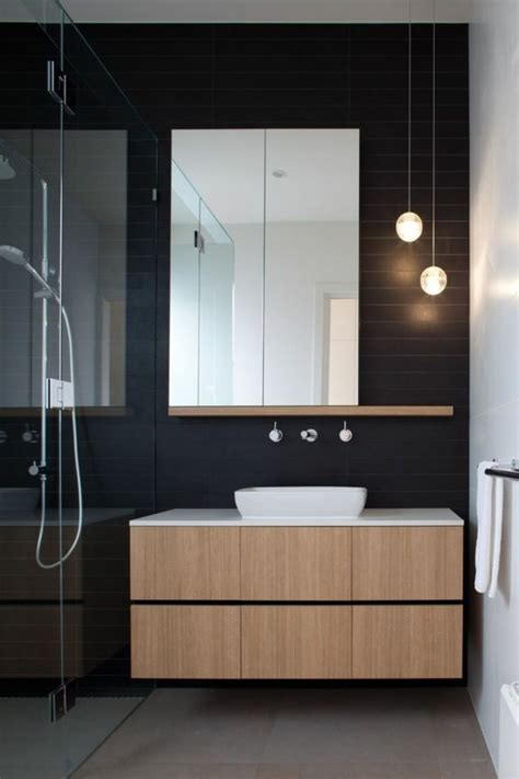 Ordinaire Colonne De Salle De Bain Castorama #3: jolie-salle-de-bain-salle-de-bain-noire-faience-noire-salle-de-bain-meubles-en-bois.jpg