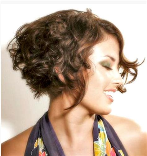 long pieces in front hair styles natural wavy short hair with long pieces in front
