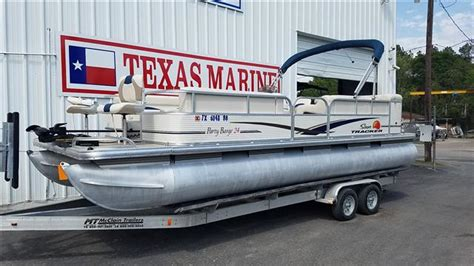 pontoon boats for sale conroe tx 2010 sun tracker classic pontoon party barge 174 24 for sale