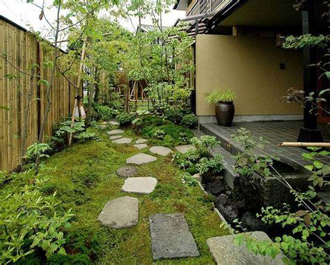 garden stepping stone