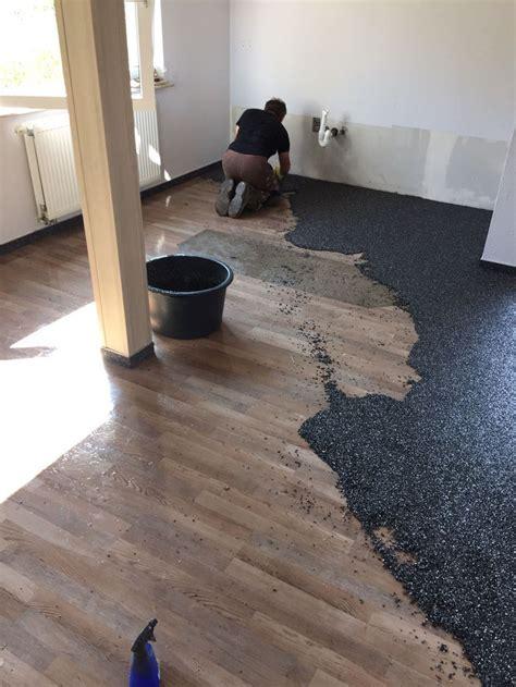 pvc boden vom holzboden entfernen steinteppich auf holz verlegen steinteppich in ihrer n 228 he