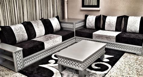 canapé gris et noir salon marocain moderne enbois
