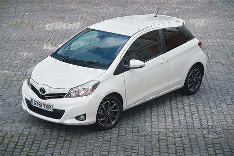 Pilar 3 Way Type 2 For Yaris 2014 Now toyota expands yaris uk range autoevolution