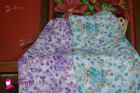 Jilbab Segi Empat Tebal Motif jilbab segi empat alvierna lavendria