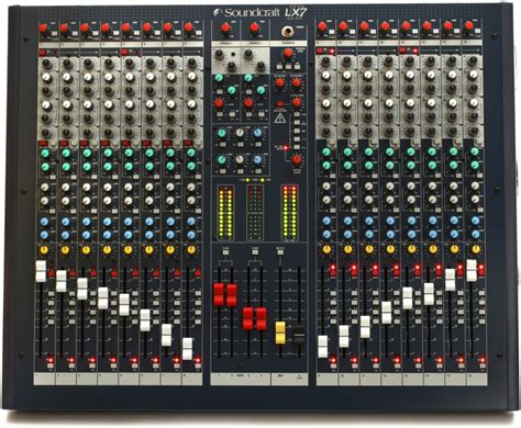 Mixer Crimson 16 Channel soundcraft lx7ii 16 sweetwater