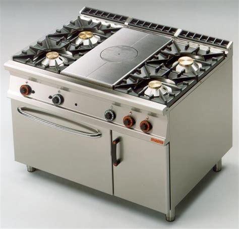 cuisine 騁udiante sans four meuble plaque de cuisson four et table de cuisson sur