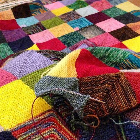 Free Knitted Blankets And Throws Patterns by 12 Stash Busting Blanket Patterns To Knit