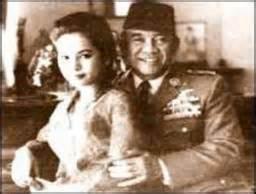 kebohongan film pki g 30s pki selubung hitam kebohongan sejarah perang