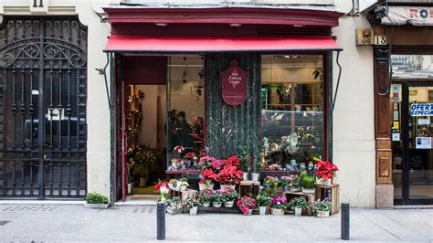 Flower Store by 9 Charming Flower Shops In Madrid