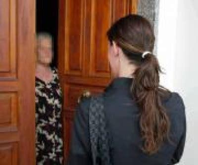 venditori porta a porta venditori porta a porta scorretti sorgenia risponde