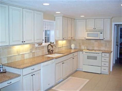 Best Mid Priced Kitchen Cabinets by Mid Range Kitchen Cabinets Top Mid Range Cottage Kitchen