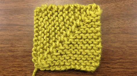 how to knit a square in the how to knit a mitered square new stitch a day