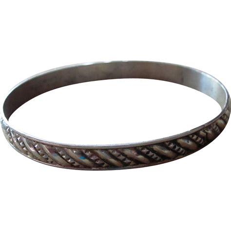 sterling silver vintage bangle bracelet from runwayvintage