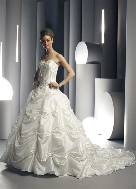 Choosing Wedding Dresses For The Special Occasion Of Yours