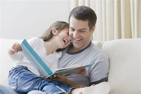 libro fathers and children there s nothing wrong with a dad kissing his daughter on the lips metro news