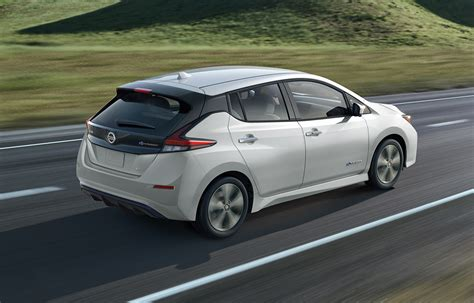 nissan electric 2019 2019 nissan leaf range charge for ev nissan canada