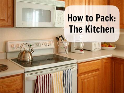 Best Way To Pack Kitchen Appliances by Best 20 Moving Packing Tips Ideas On