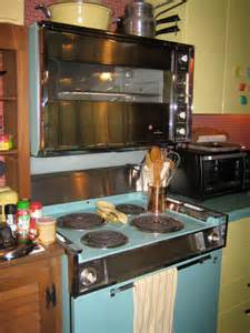 Retro Metal Kitchen Cabinets Cooking Through The Ages A Timeline Of Oven Inventions