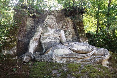 giardino dei mostri bomarzo lazio il parco dei mostri di bomarzo percorso
