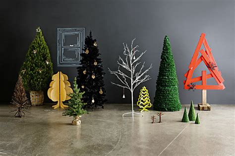 modern house christmas home decor and christmas tree 34 modern christmas tree decoration ideas