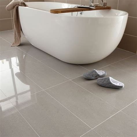 Ideas For Bathroom Floors by 25 Best Ideas About Bathroom Floor Tiles On Pinterest