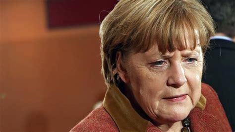 mi gran familia europea se 209 ales para cruzar un laberinto por jos 233 luis rico alemania paga a sus refugiados para que vuelvan a su pa 237 s