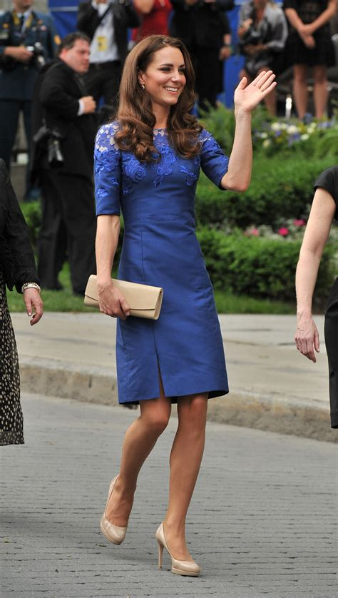 kate middleton dresses kate middleton in blue dress at freedom of the city