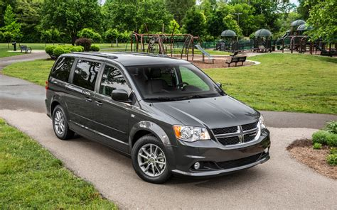 2017 dodge minivan 2017 dodge grand caravan canada value package price