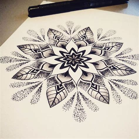 tattoo mandala zeichnen mandala tattoo tattoos pinterest tattoo ideen