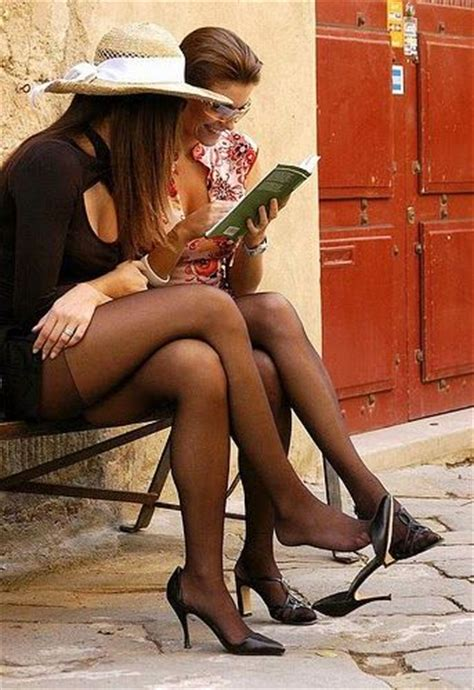 shoes dangling shoeplay tights shoeplay pinterest
