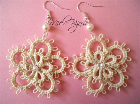 fiori al chiacchierino orecchini chiacchierino pizzo fiore fiori beige idea