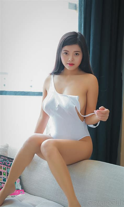 mieko large boobs  white  xiuren gravure girls idols photo gallery