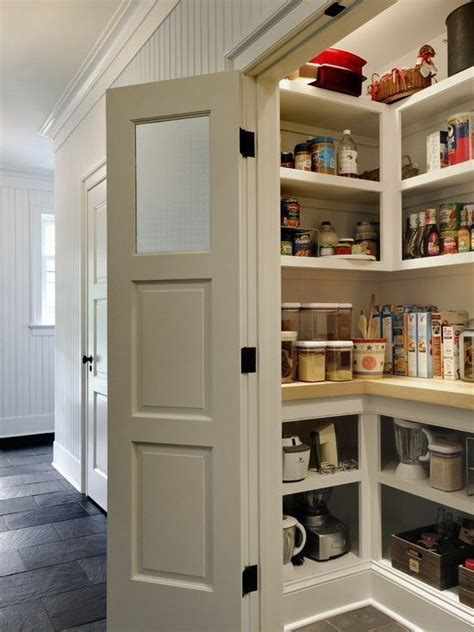 Jeld Wen Recipe Pantry Door by Cottage Pantry With Jeld Wen Carved C3000 Smooth 3 Panel Primed Mdf Interior Door Slab Crown