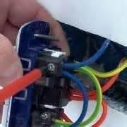 come portare corrente da una presa ad un interruttore come montare un interruttore a muro tutorial