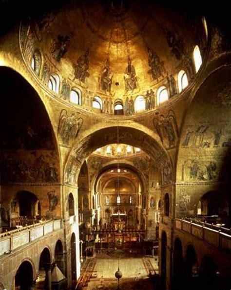markusdom innen die basilika san marco in vendig