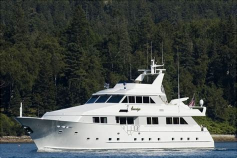 overnight boat rental seattle 123 sovereign lady luxury mega yacht