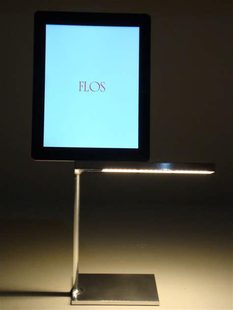 ipa illuminazione scopri lada da tavolo d e light led con dock e