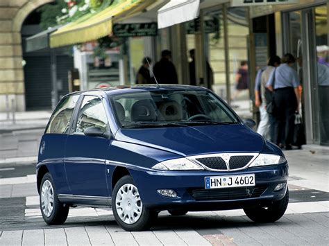 lancia y car technical data car specifications vehicle